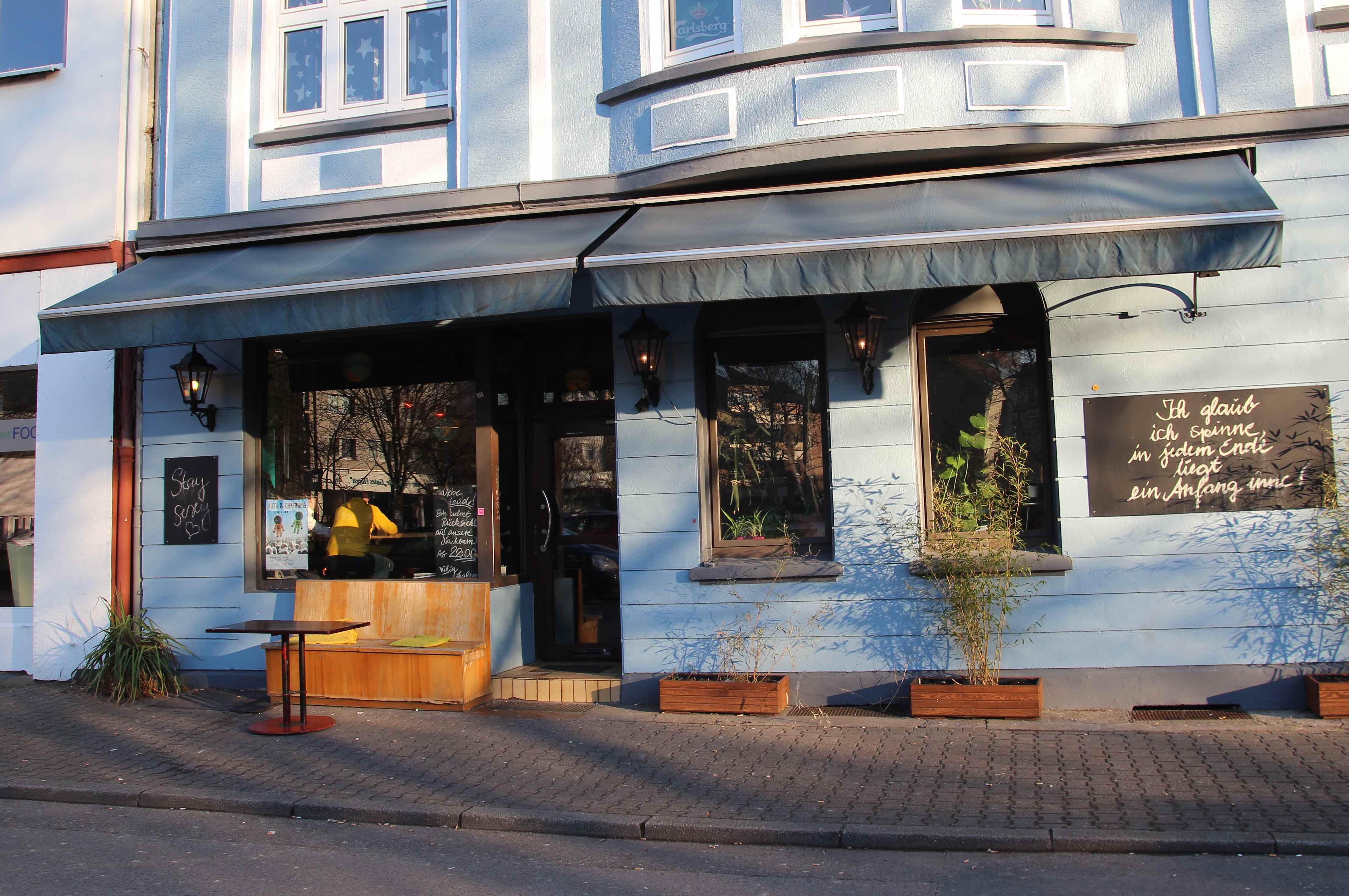 Poetische Kneipe: Oh Sun! spielt bald im Café Goethestraße.
